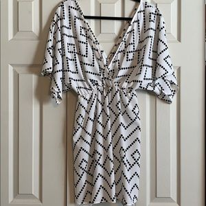 Cute patterned V neck dress
